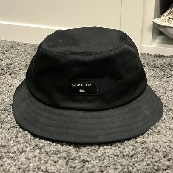 Quicksilver Bucket Hat. M 5add09842c705dcd6b9b3494 51fc9e9520a